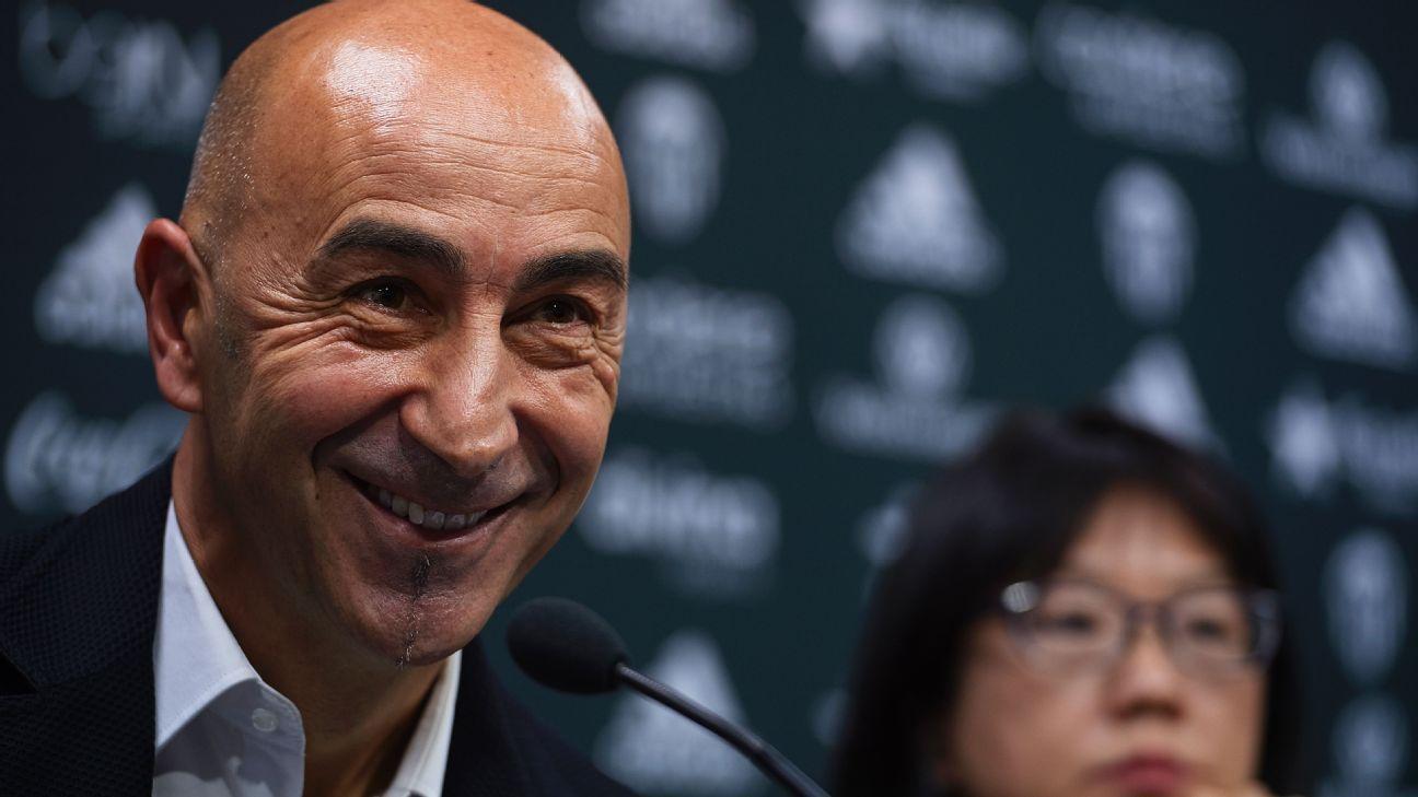 Valencia head coach Pako Ayestaran