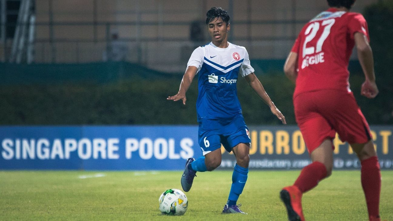 Young Lions midfielder Ammirul Emmran