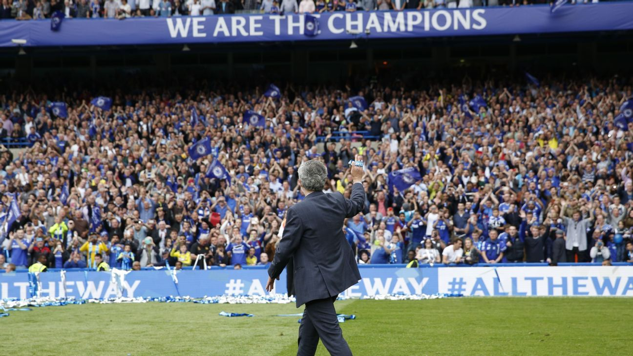 Mourinho and Chelsea fans