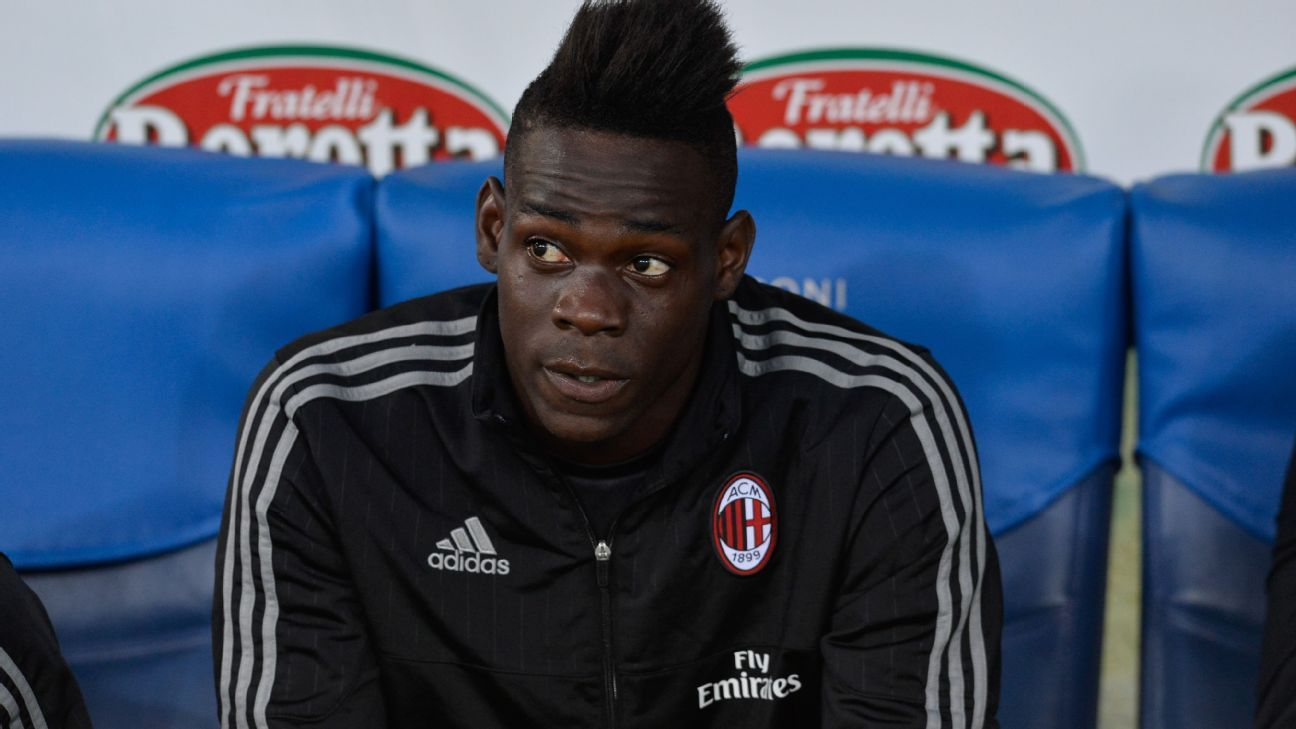 Mario Balotelli on bench