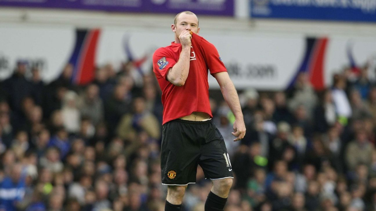 Wayne Rooney at Goodison Park in 2008