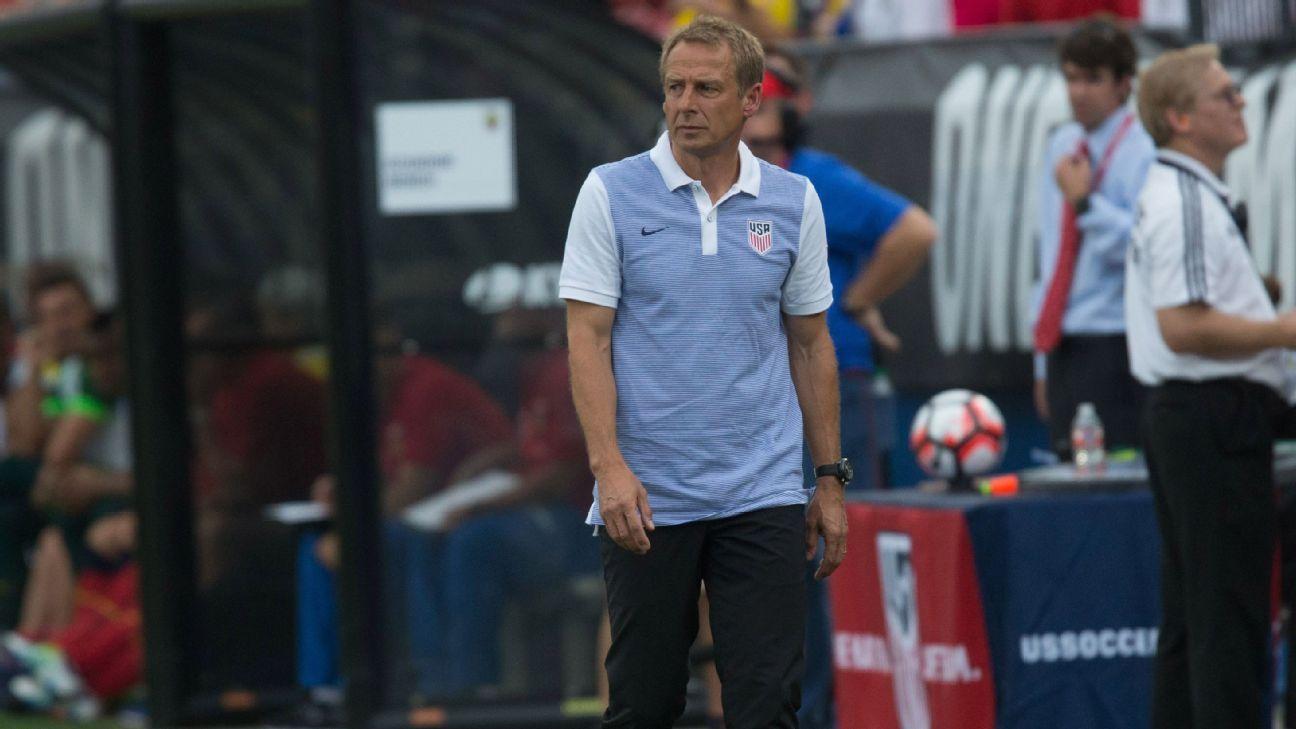 Jurgen Klinsmann USA v Ecuador