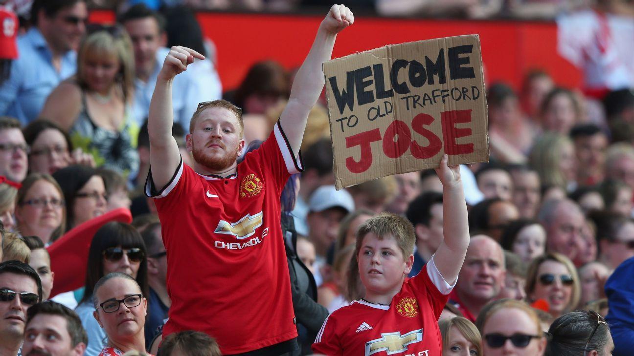 Mourinho Sign