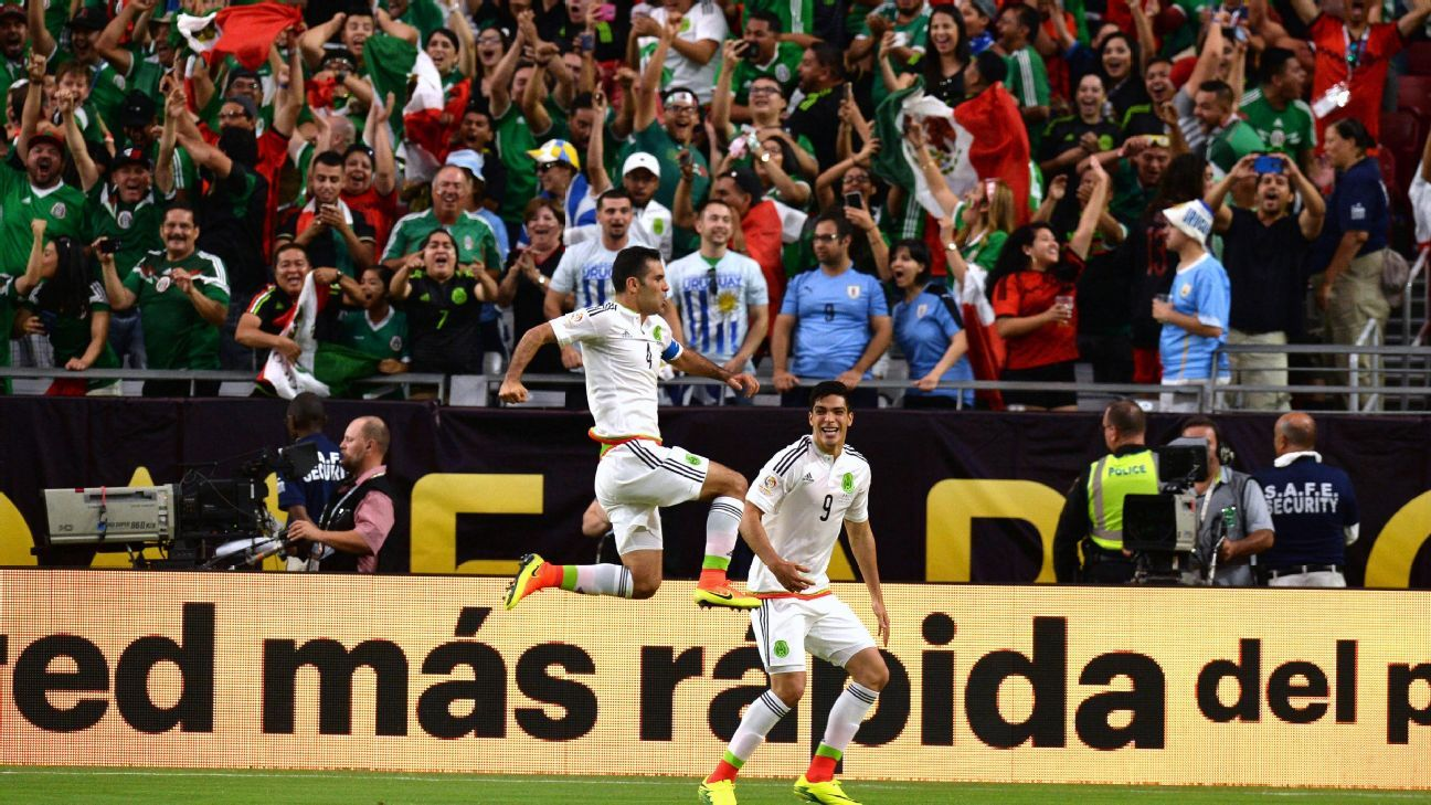Jumping Rafa Marquez