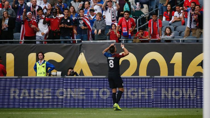 Clint Dempsey celebrates after scoring from the penalty spot to give the U.S. a 1-0 lead against Costa Rica.