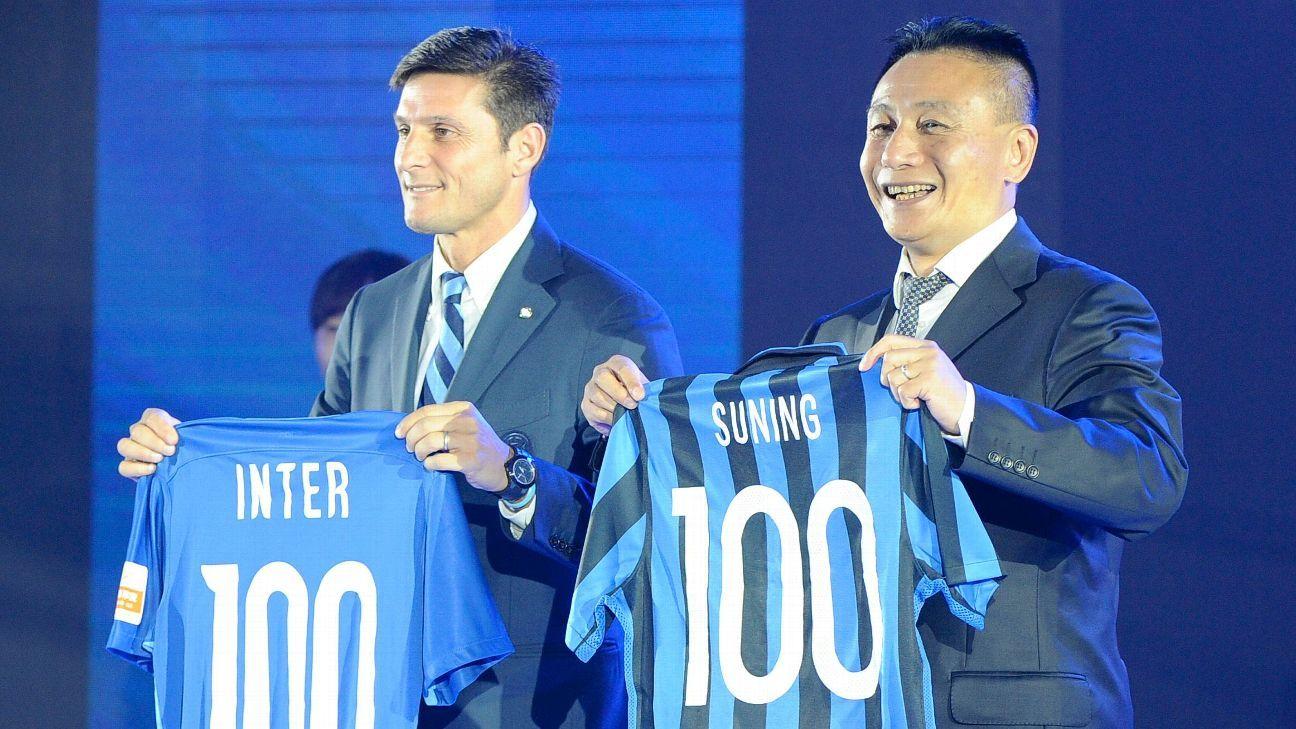 Javier Zanetti and Gong Lei