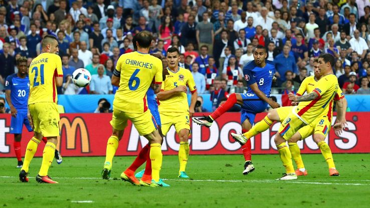 Dimitri Payet curls home his superb winner in the 89th minute.