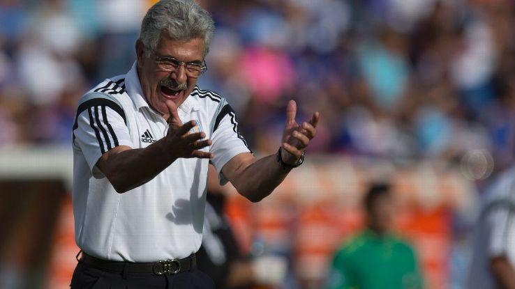 Ricardo Ferretti angry