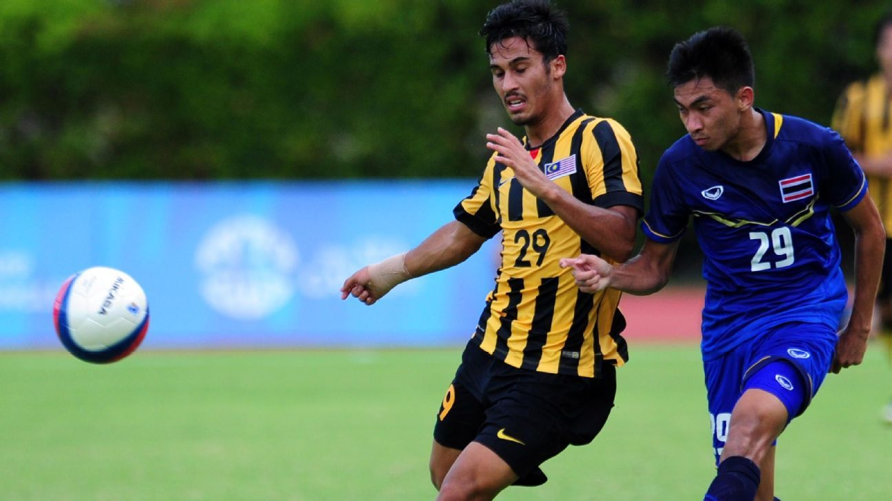 Malaysia RB Matthew Davies vs. Thailand in 2015 SEA Games