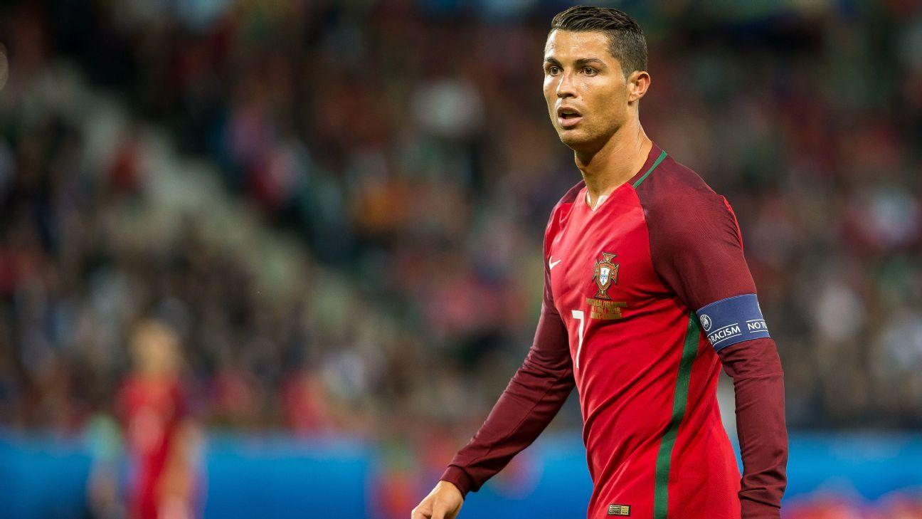 Ronaldo with Portugal v Iceland