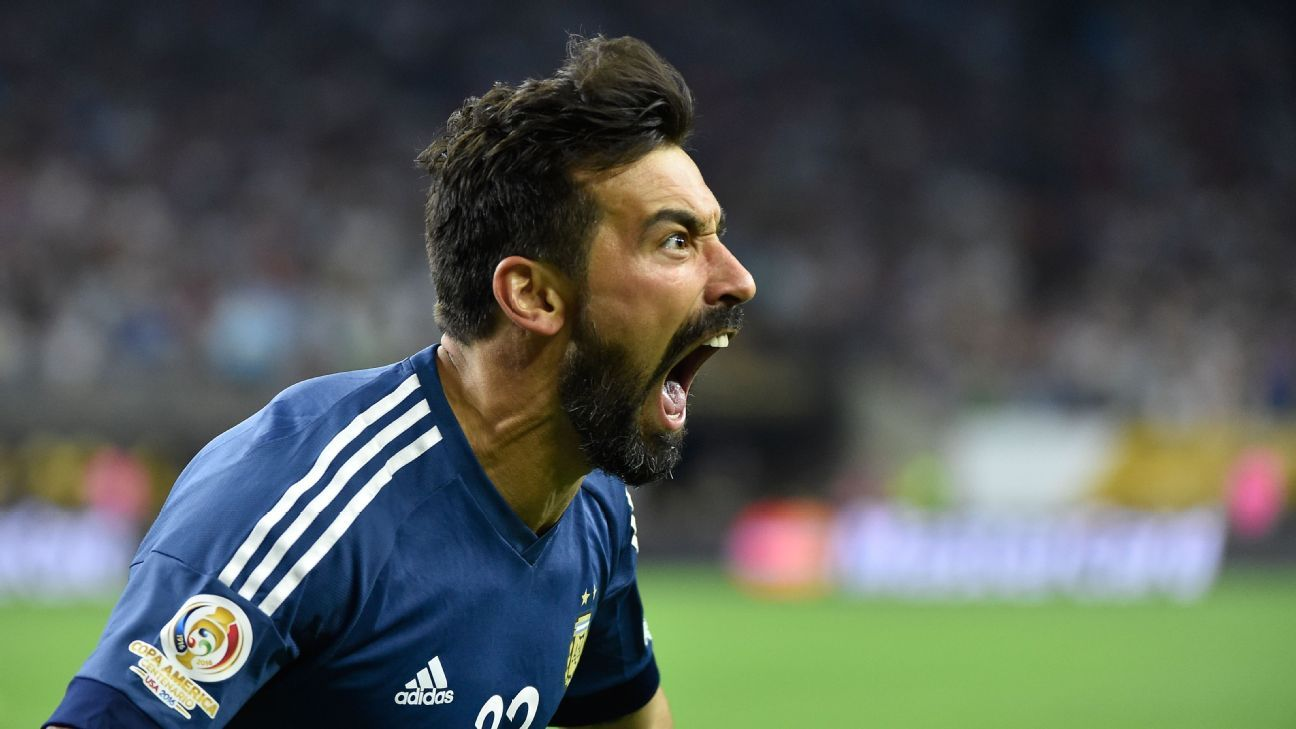 Ezequiel Lavezzi transfer is not a subject of discussion for Nice