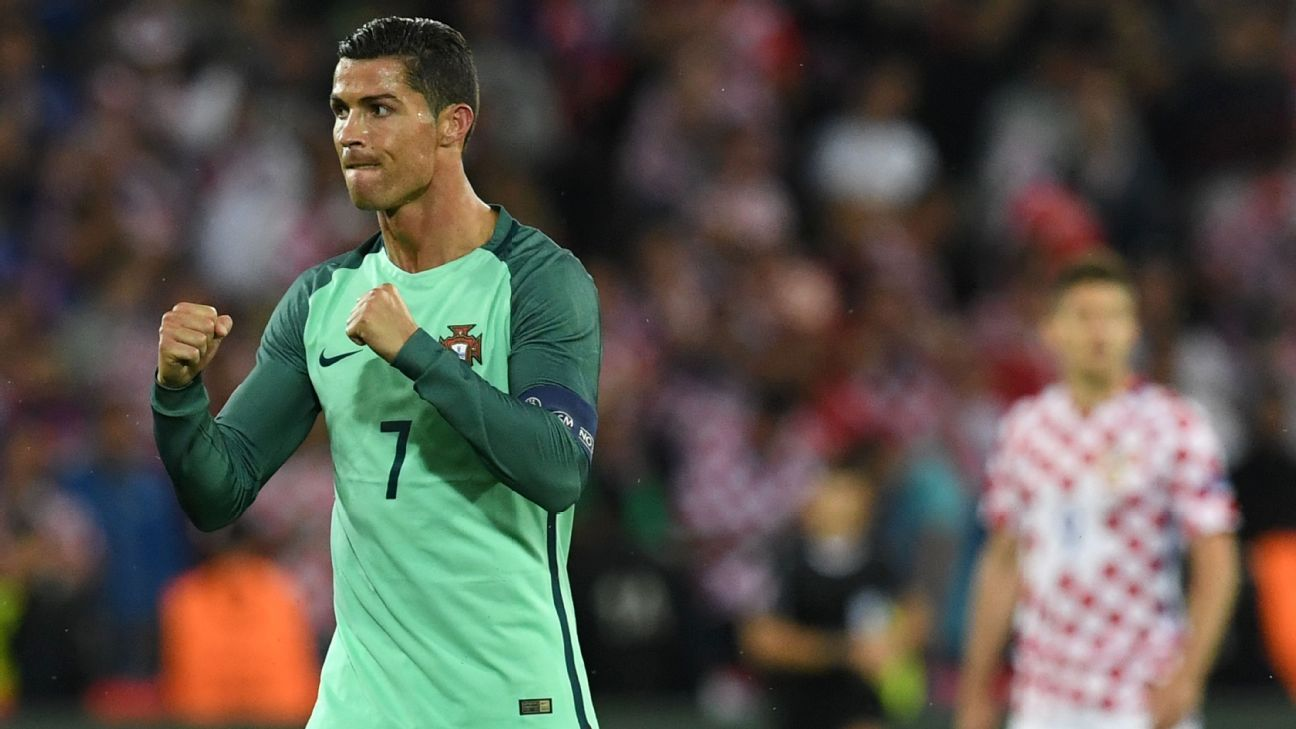 Ronaldo pumping fists vs Croatia