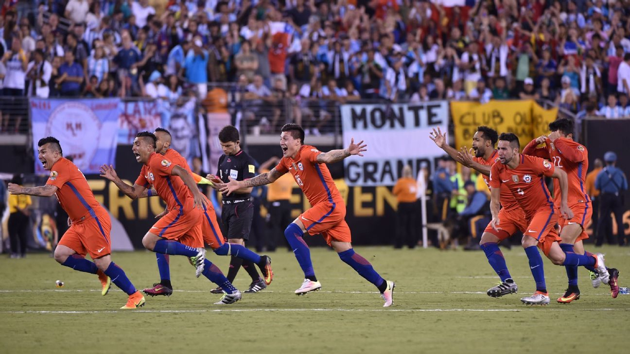 Chile celebrates after Francisco Silva hit the decisive penalty in a penalty win vs. Argentina at the Copa America.