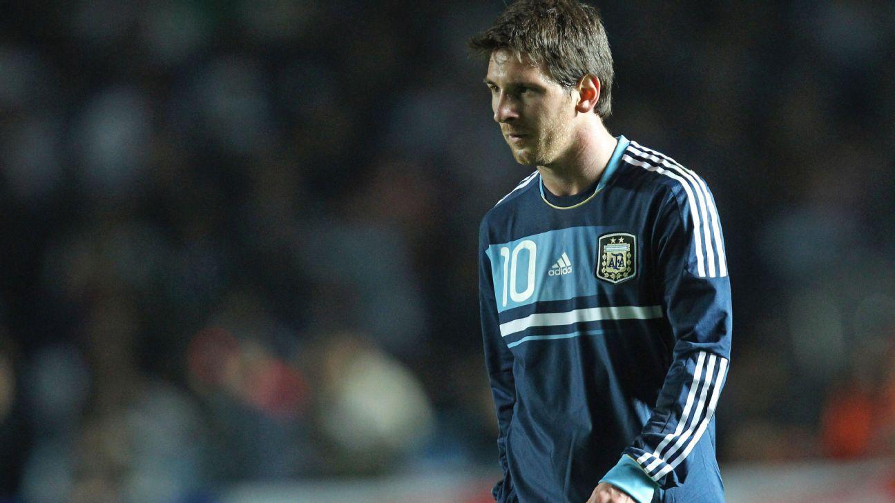 Lionel Messi v Uruguay 2011 Copa