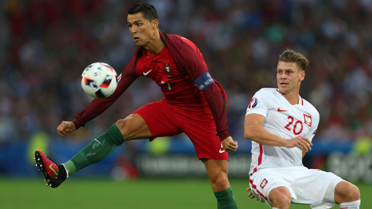 Ronaldo and Portugal reach the Euro 2016 semifinals after beating
