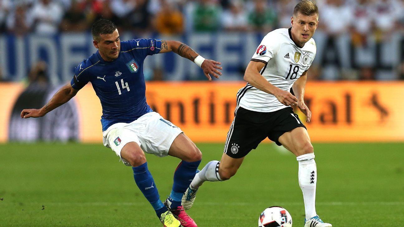 Italy midfielder Stefano Sturaro