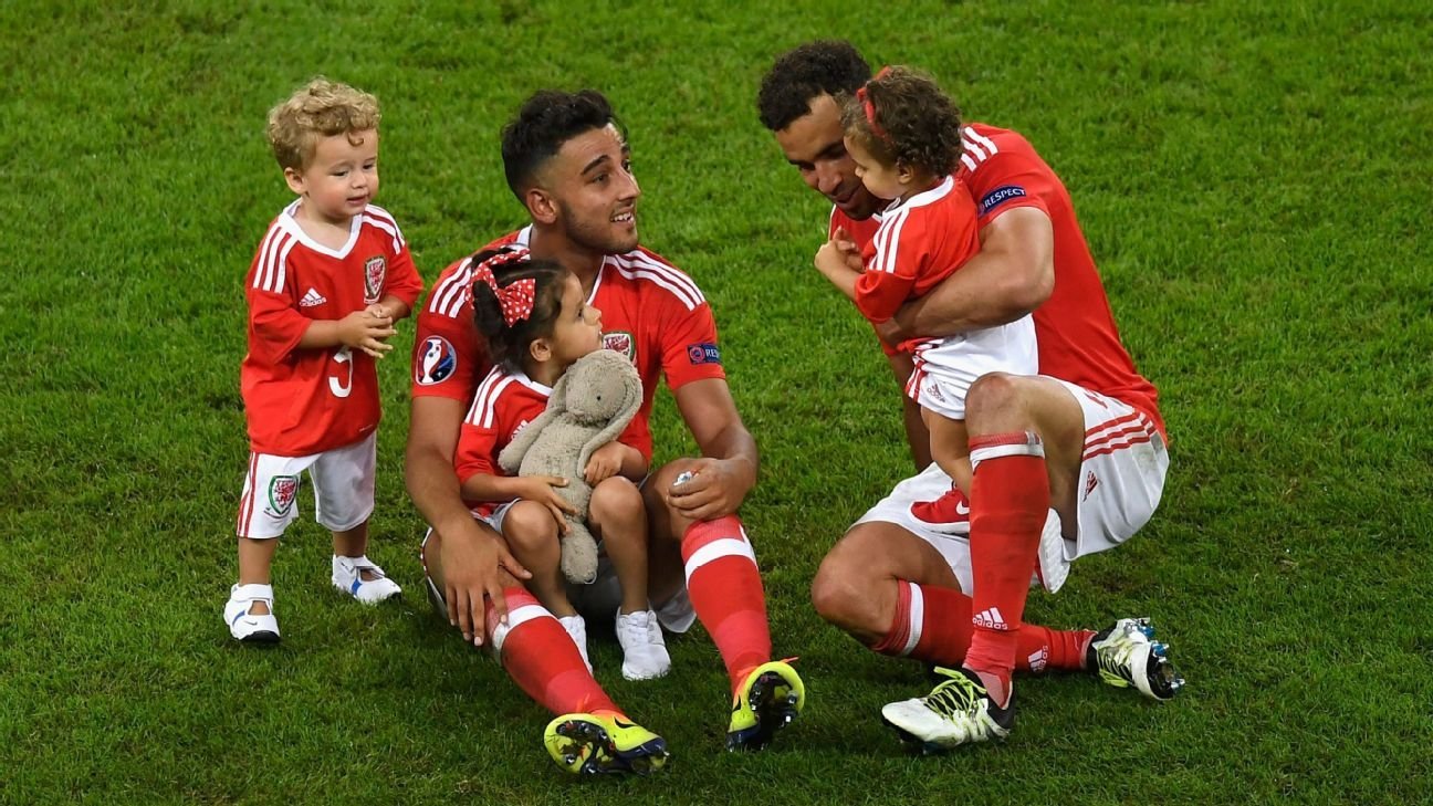 Wales players with children