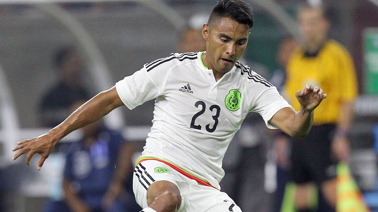 Jose Juan Vazquez still has an outside chance to make Mexico's World Cup squad.