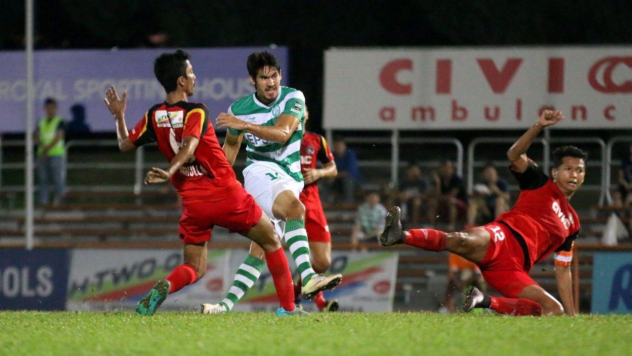 Geylang striker Mark Hartmann vs. Balestier