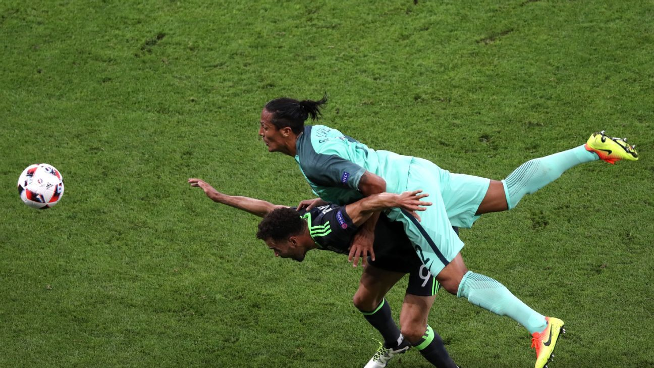 Bruno Alves vs Wales