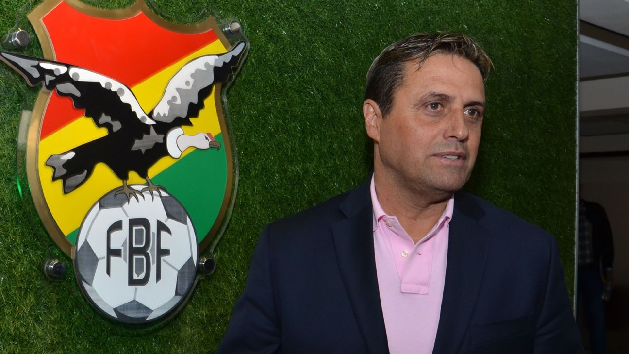 Bolivia coach Angel Guillermo Hoyos