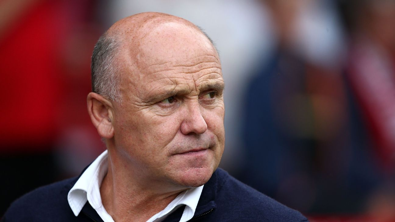 Central Coast Mariners hire Mike Phelan as new sporting director