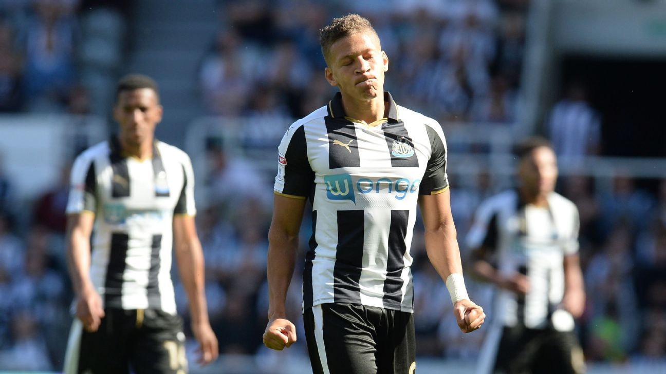 Dwight Gayle and Newcastle lost to Huddersfield on Saturday.