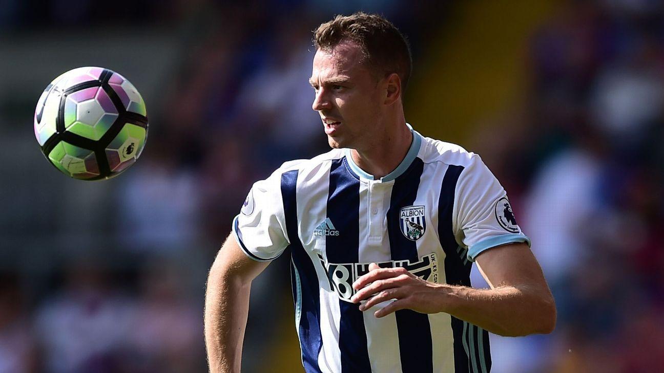 Man City won't be bullied over Jonny Evans; Chelsea eye Antonio Candreva