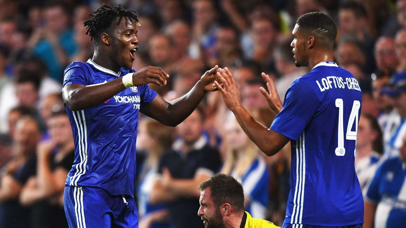 Michy Batshuayi celebrates his second with Ruben Loftus-Cheek.