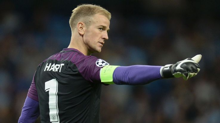 Joe Hart playing for Manchester City in the Champions League.