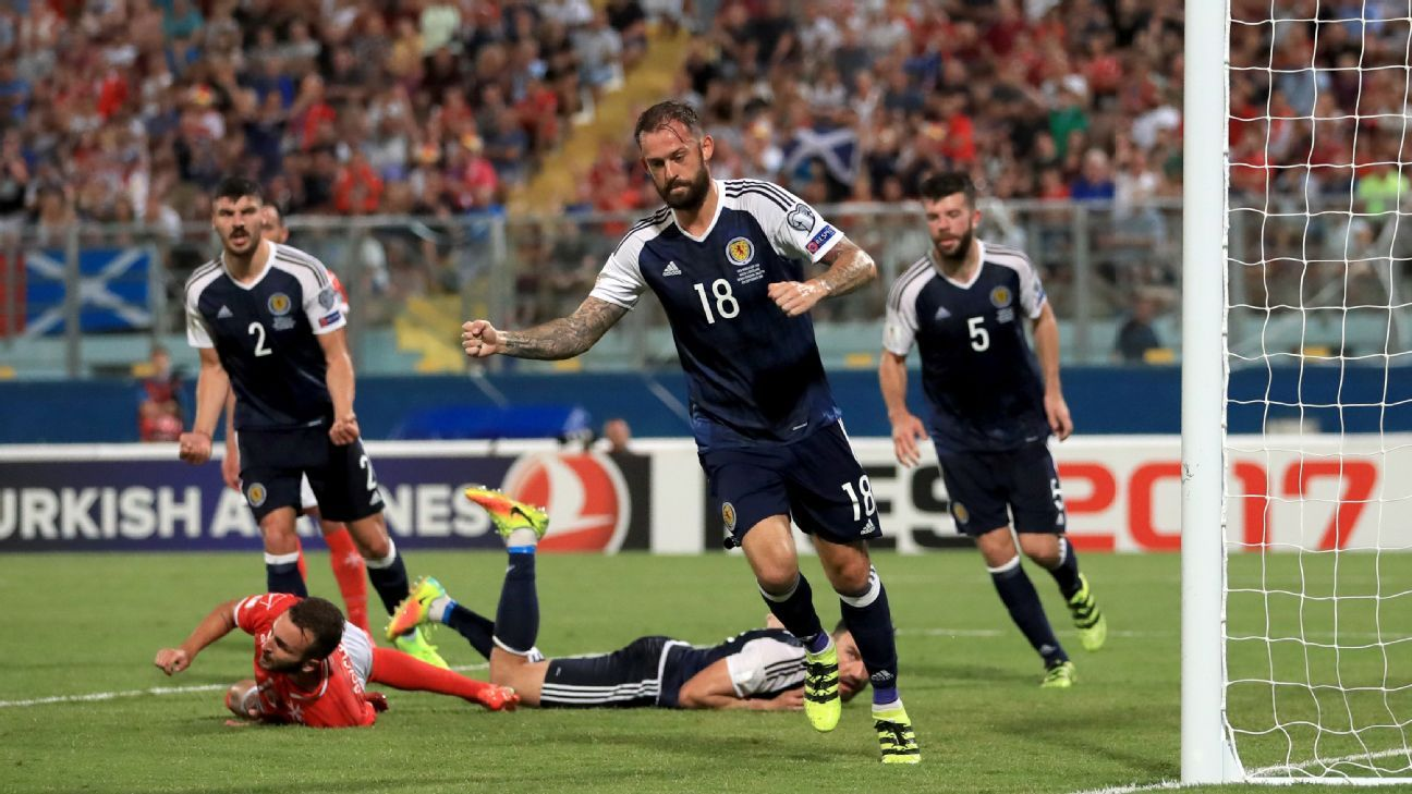 Substitute Steven Fletcher scored in Scotland's rout of Malta on Sunday.