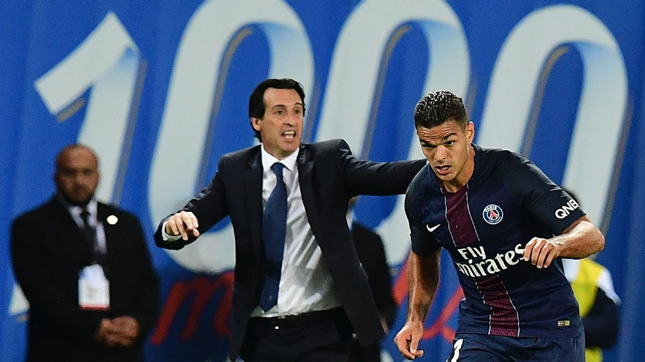 Unai Emery urges Hatem Ben Arfa and his Paris Saint-Germain teammates on against St Etienne.
