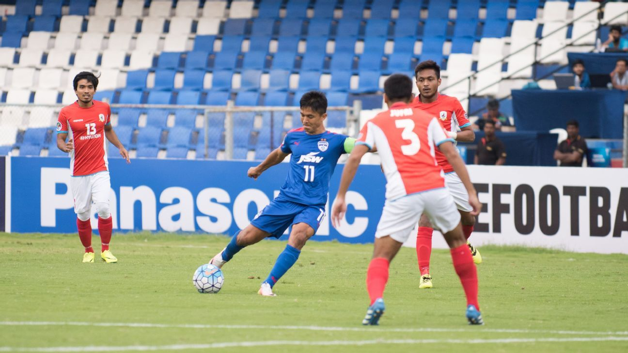 Sunil Chhetri in action against Tampines Rovers.