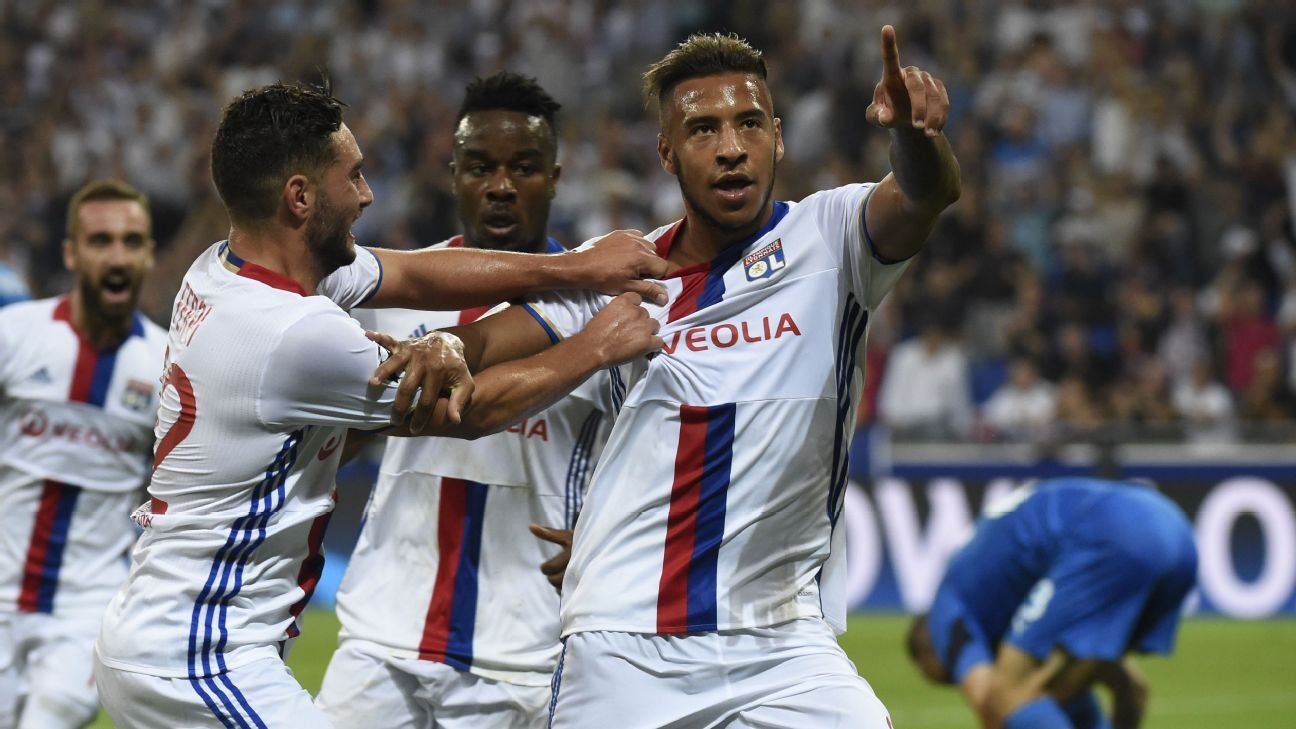 Lyon's French midfielder Corentin Tolisso celebrates after scoring on Wednesday.