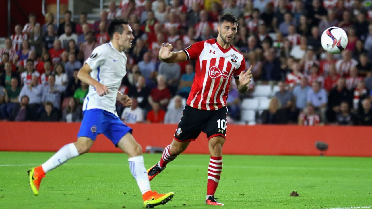 Charlie Austin and Southampton cruised to a win over Sparta Prague.