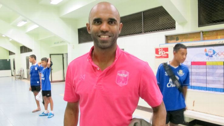 Chainat striker Florent Sinama Pongolle