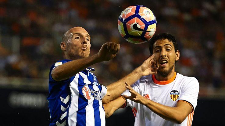Dani Parejo, right, scored the winning penalty for Valencia.