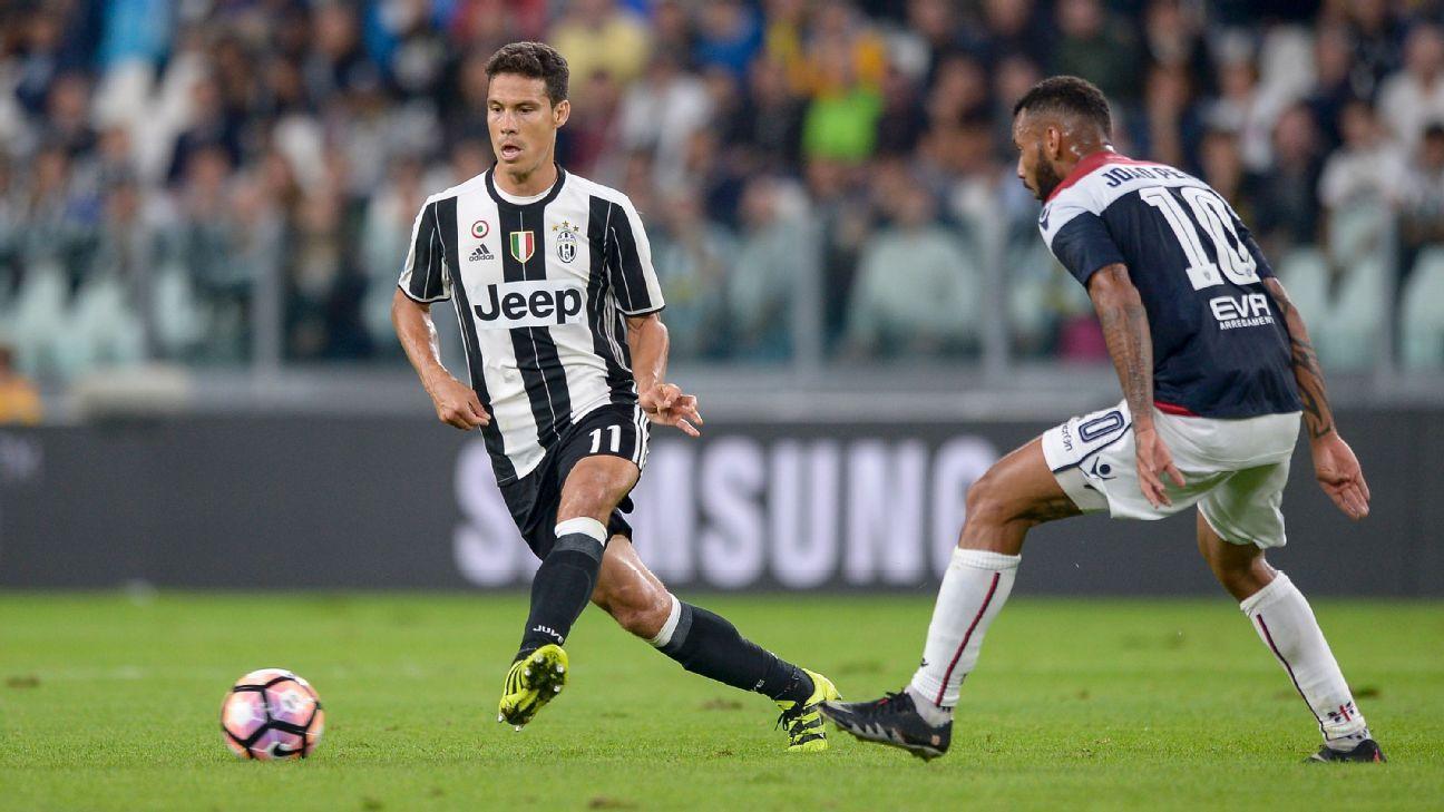 Hernanes w/ Juventus