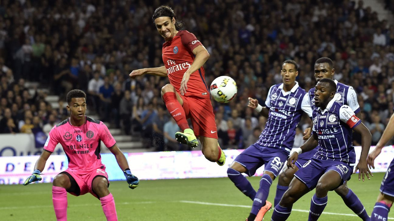 Edinson Cavani's first-half attempt on goal was denied by Toulouse from point-blank range.