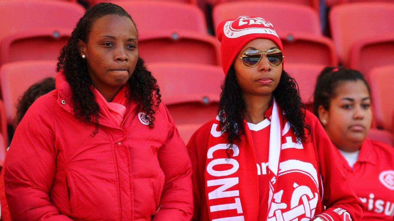 Internacional supporters