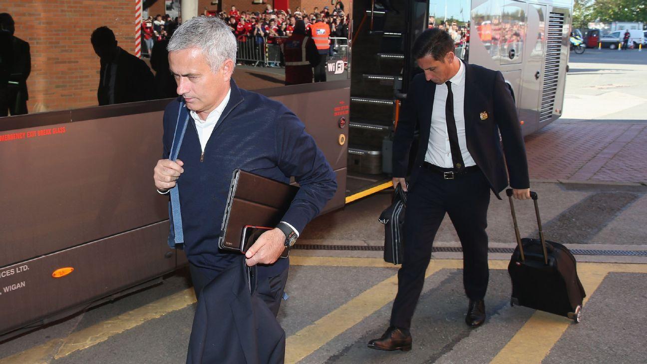 Jose Mourinho arrives Old Trafford 20161002