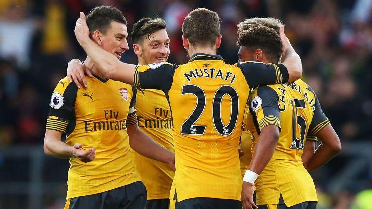 Arsenal group celeb