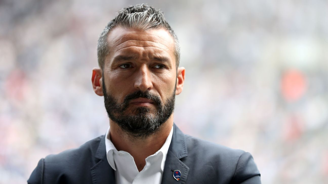 Zambrotta must find a solution to Delhi's defensive woes.