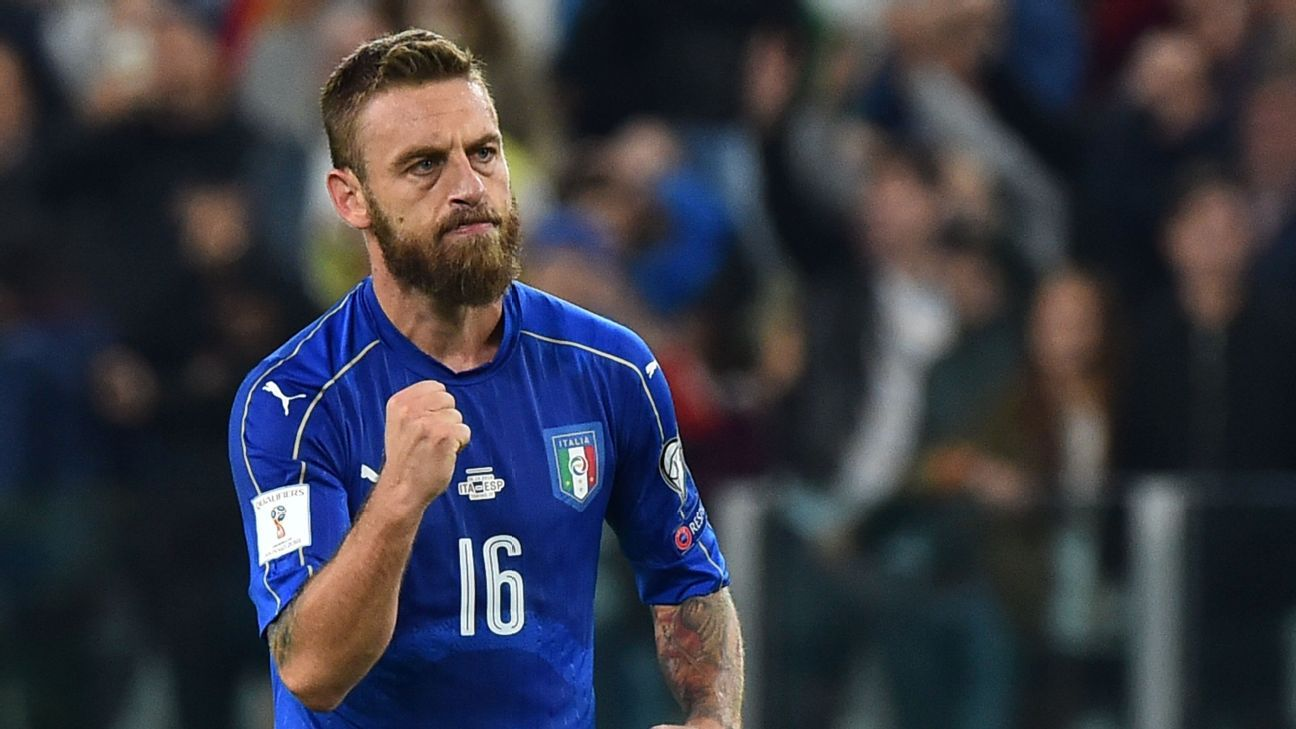 Daniele De Rossi scored Italy's equaliser in the 82nd minute.