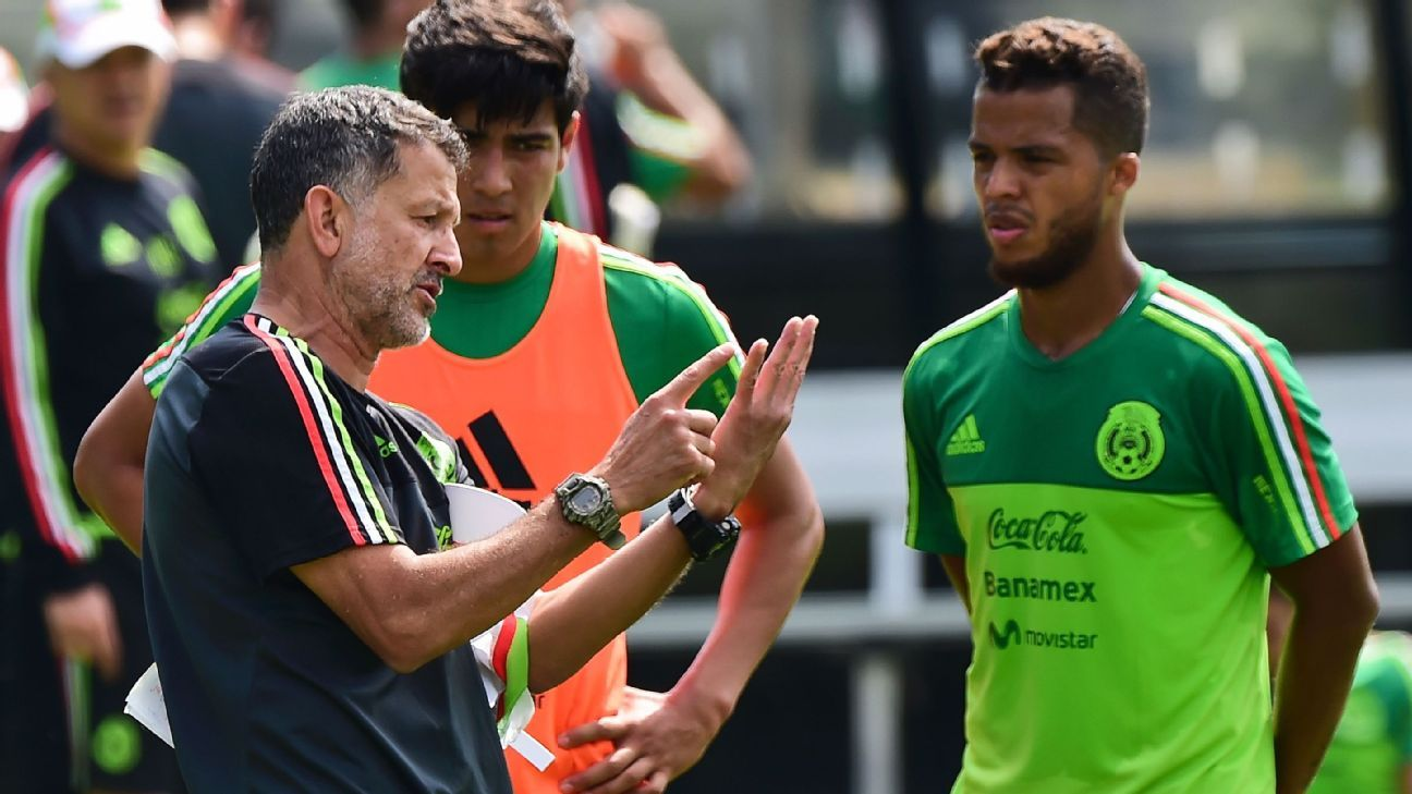 Mexico coach Juan Carlos Osorio's patience and support for Giovani dos Santos seems to have waned some.