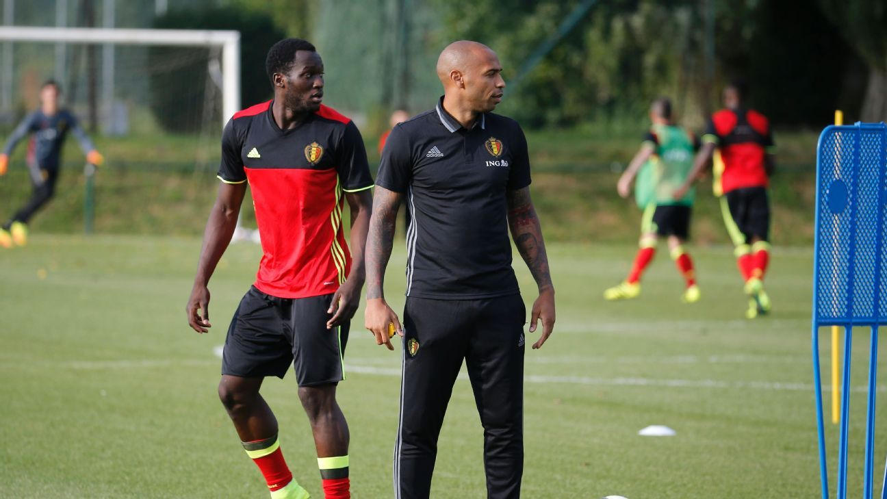 Thierry Henry ass. coach of Belgian Team and Lukaku Romelu forward of Belgium during the training session of the National Soccer Team of Belgium as part of the preparation prior to the friendly match between Spain and Belgium at the Rsc Anderlecht train