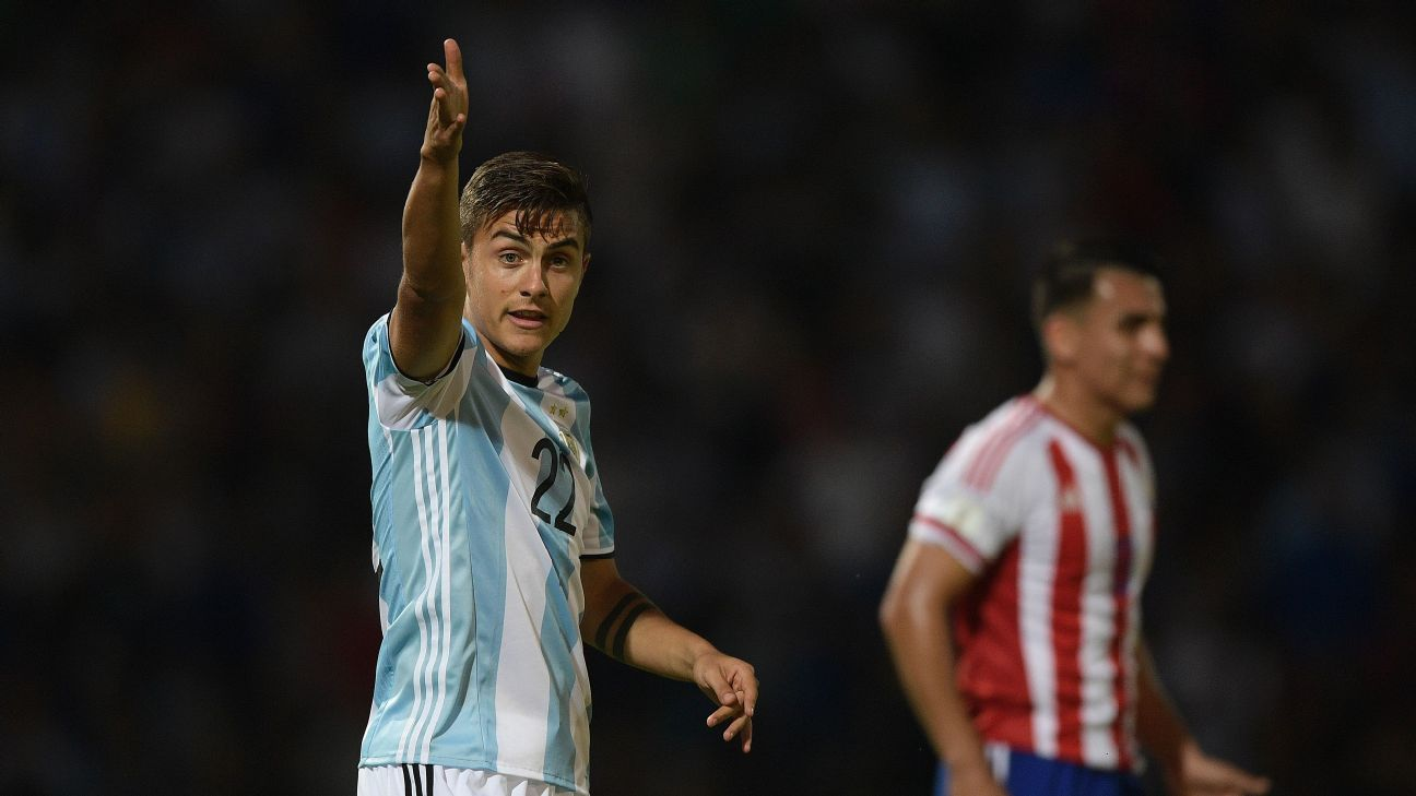 Dybala frustrated vs Paraguay 161011