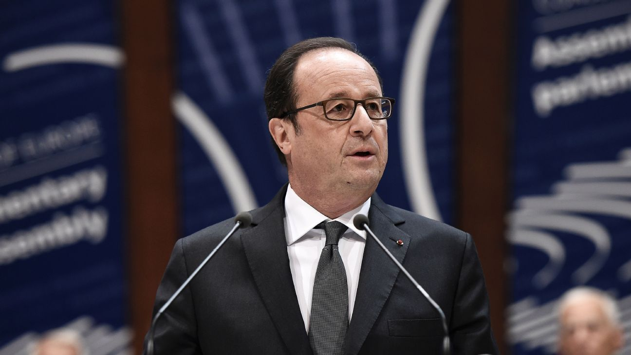 French President Francois Hollande delivers a speech before the Parliamentary Assembly of the Council of Europe (PACE) on October 11, 2016 in Strasbourg.