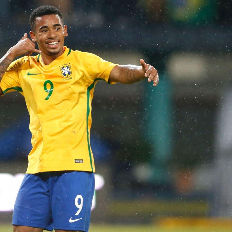 Brazil 39 s gabriel jesus 39 mother on missing chance for for Gabriel jesus squadre attuali