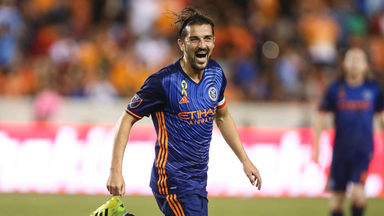 David Villa: I only signed for Barcelona as Valencia needed the money